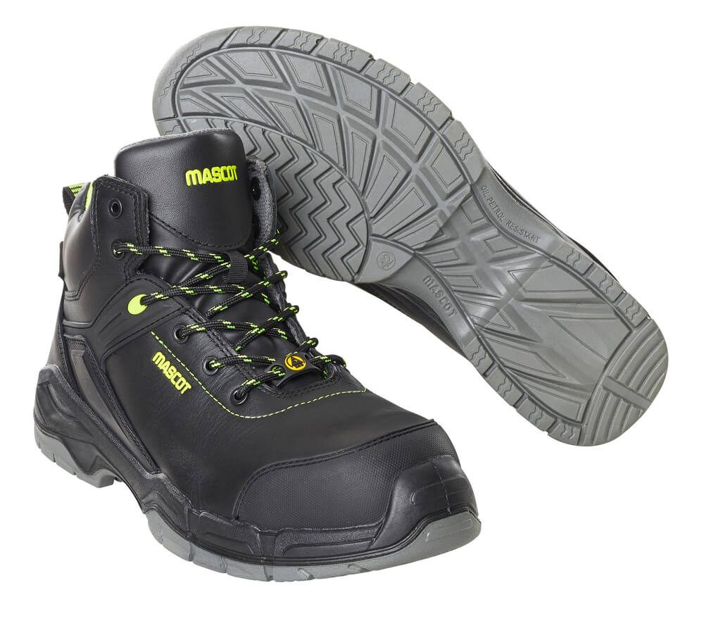 F0143-902-09 Safety Boot - black