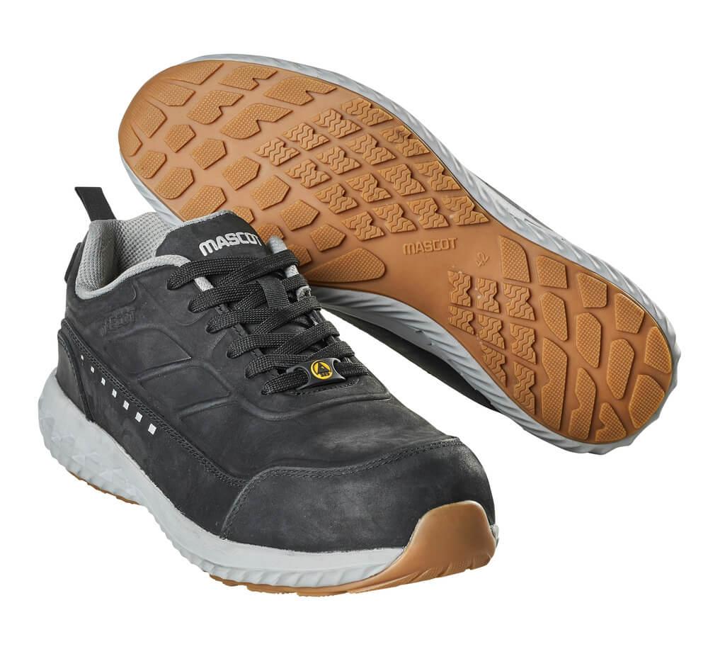 F0303-901-09 Safety Shoe - black